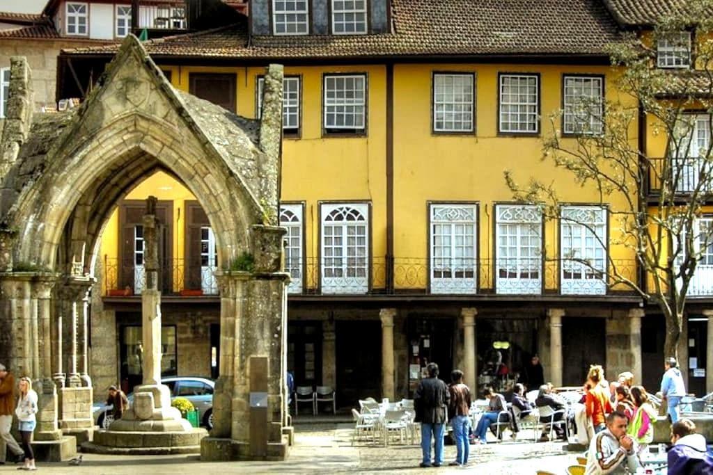 Hostel Prime Guimaraes - Guimarães - ที่พักพร้อมอาหารเช้า