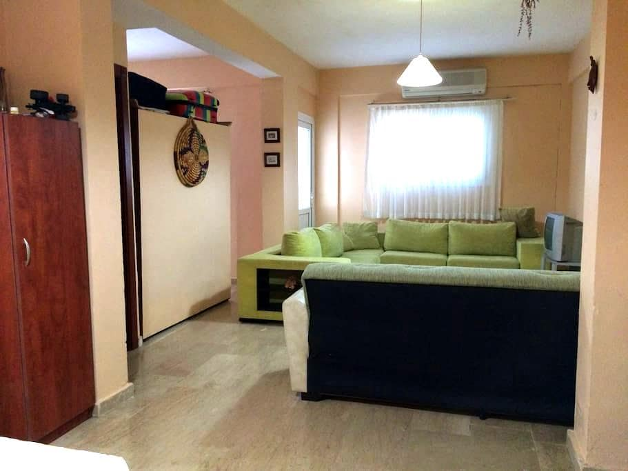 Very good flat at the center of Girne (Kyrenia) - Girne