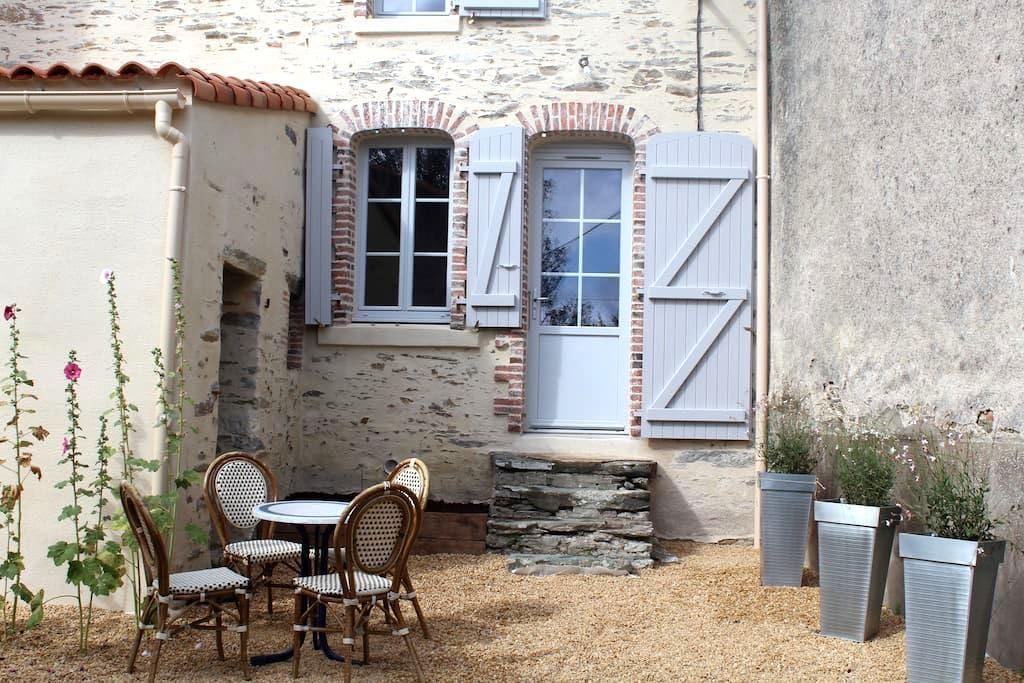 petite maison de caractère - Mouchamps - Huis
