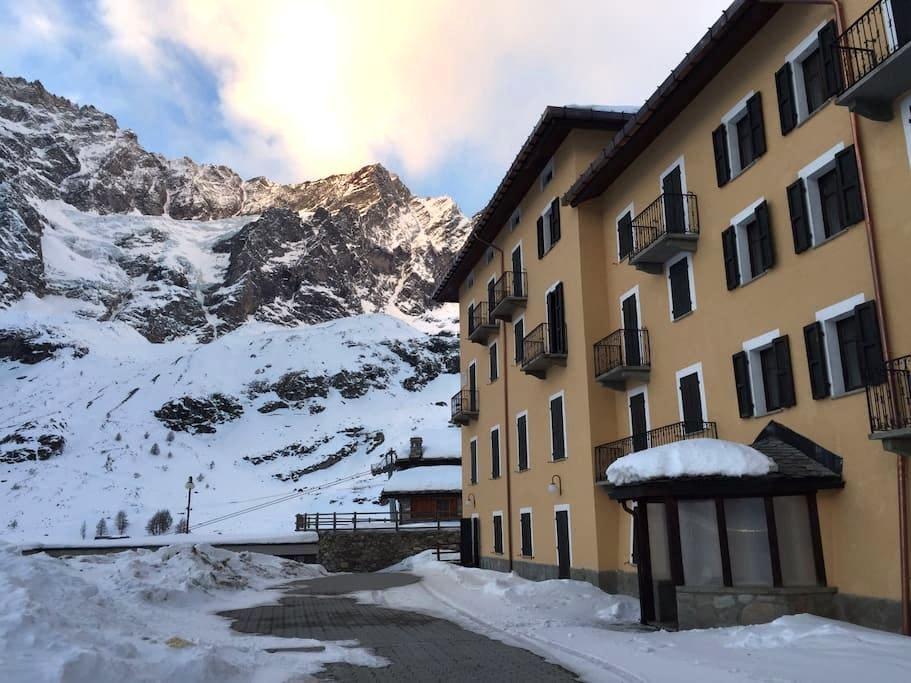 Luxury Apartment on the ski track - Breuil-Cervinia