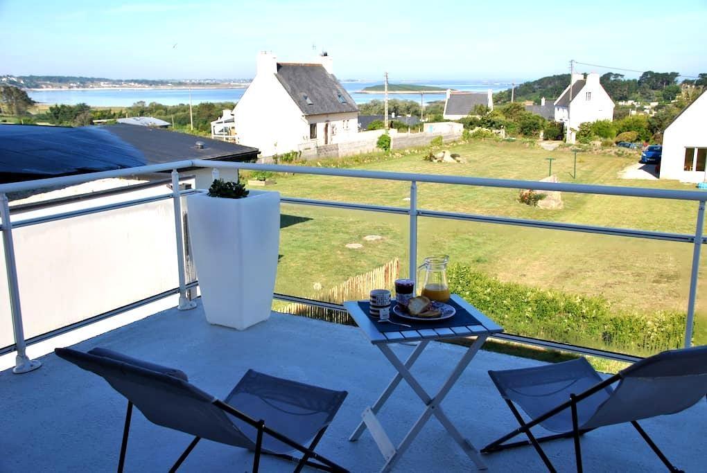 Casa cerca del mar(hablo español) - Landéda - Ház