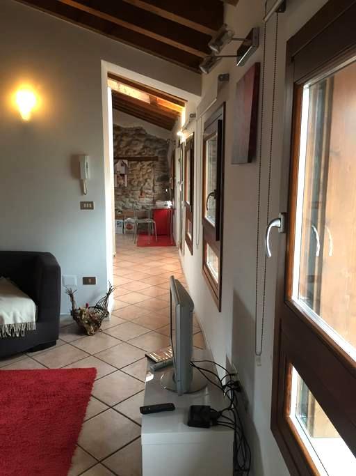 Mansarda in centro Schio - Schio - Apartment