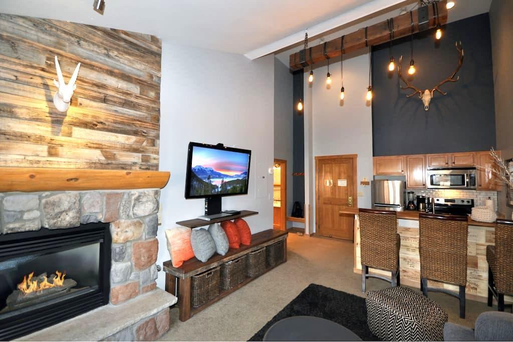 Keystone Village - Steps to Slope! Great Design! - Keystone - Condo