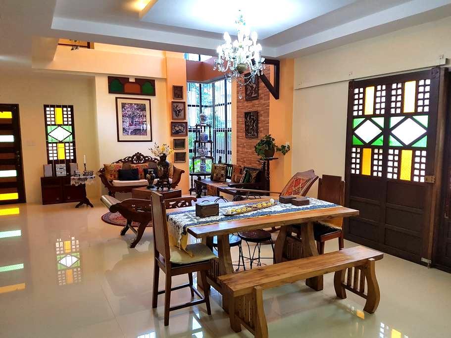 Tour Ilocandia Transient House - Laoag City - Ev