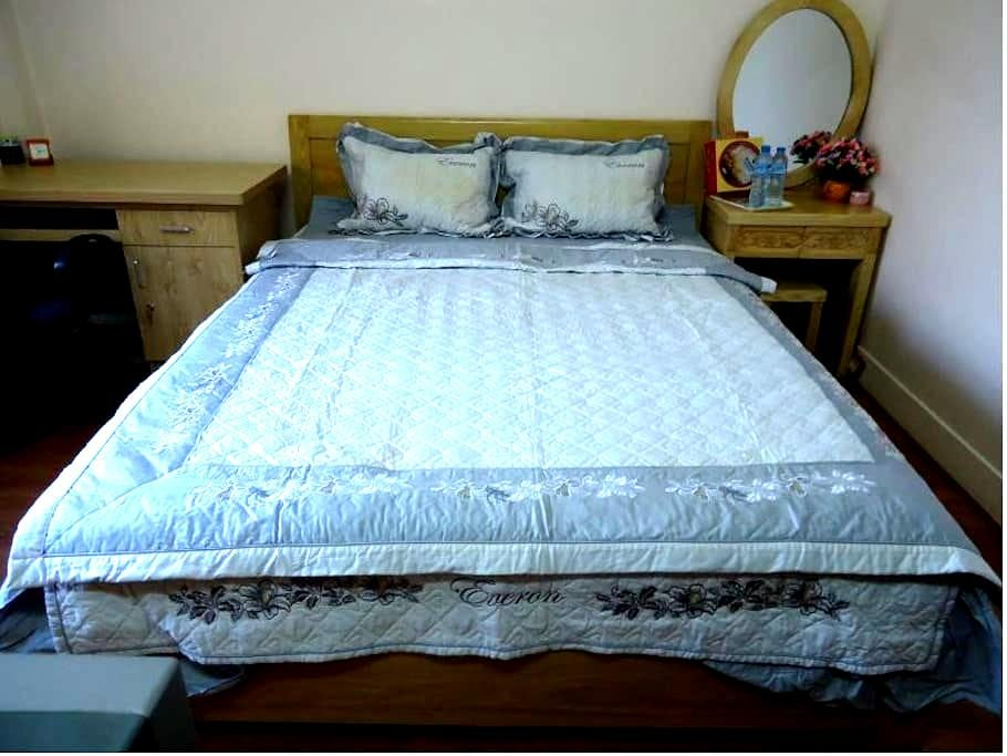 The cozy bedroom, clean and close with attractions - Hanoi - House