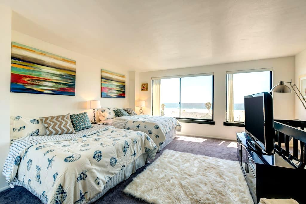 Ultimate Venice Beach Experience with Ocean Views! - Los Angeles - House