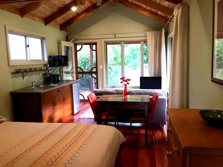 Cosy Echo Point Cabin - Катумба - Бунгало