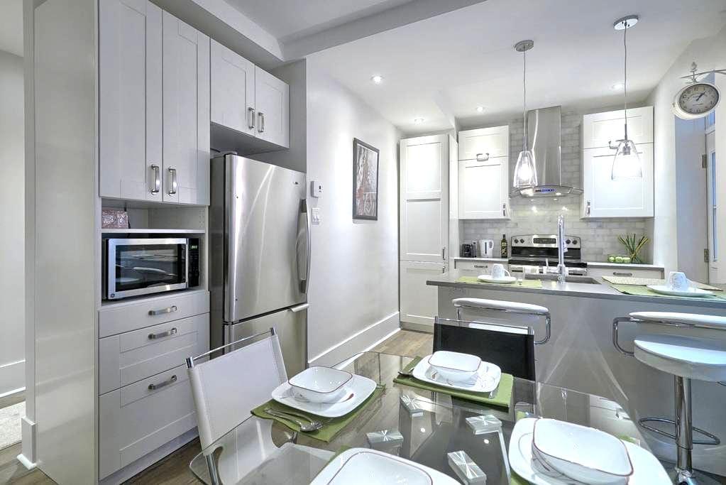 Neuf, confortable et sécuritaire - Montréal - Apartment