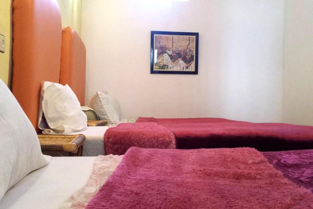 Jolie chambre familiale d'un Riad - Tinghir - Dům