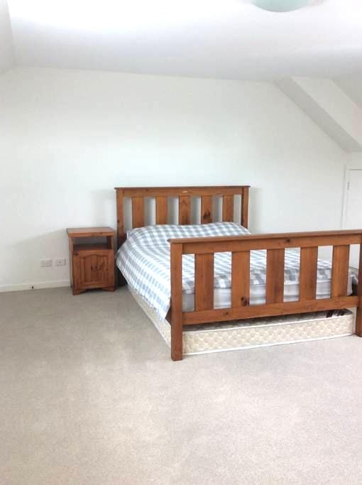 Spacious double room in Botany Bay - Botany - Casa