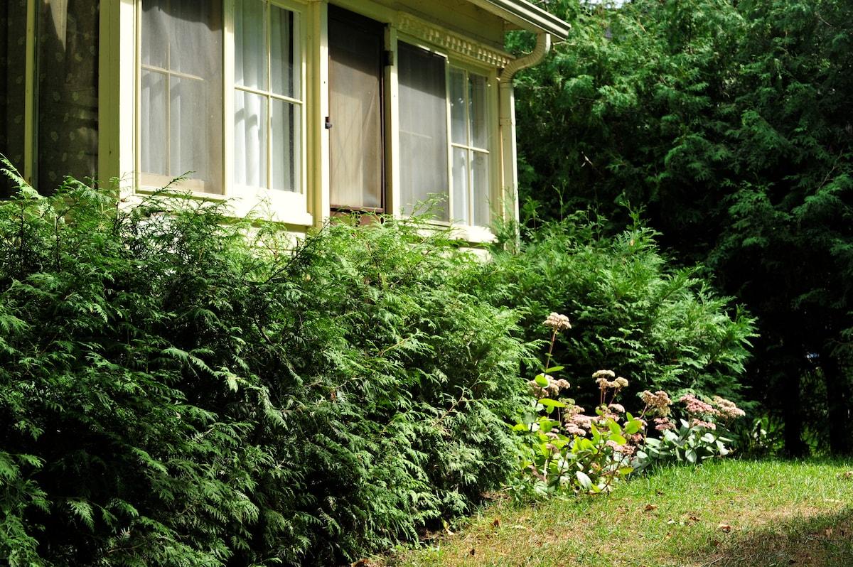 exterior cottage rentals ontario com index cabins capacity cottages maximum and beach wasaga riverbend