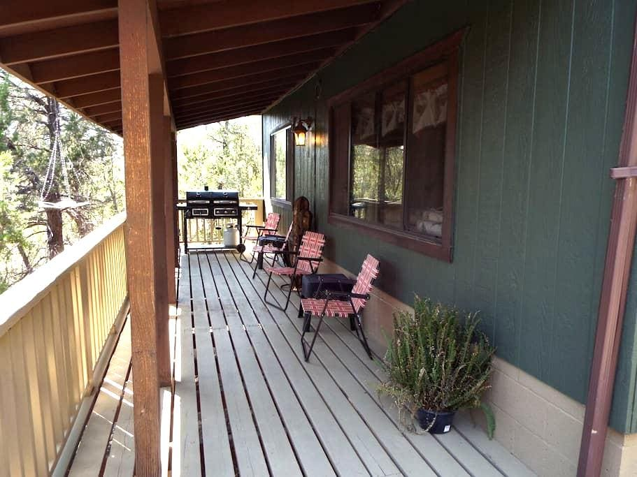Elk Ridge Lodges: The Green Cabin - Heber-Overgaard - Mökki