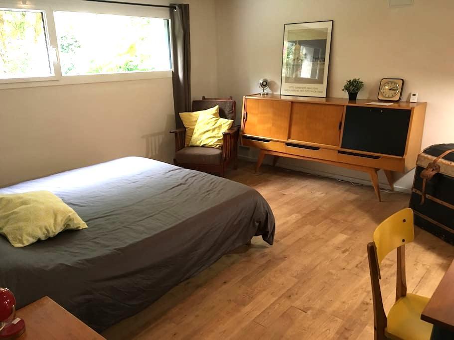 Chambre spacieuse et confortable à 5 min de Rennes - Pacé - Hus