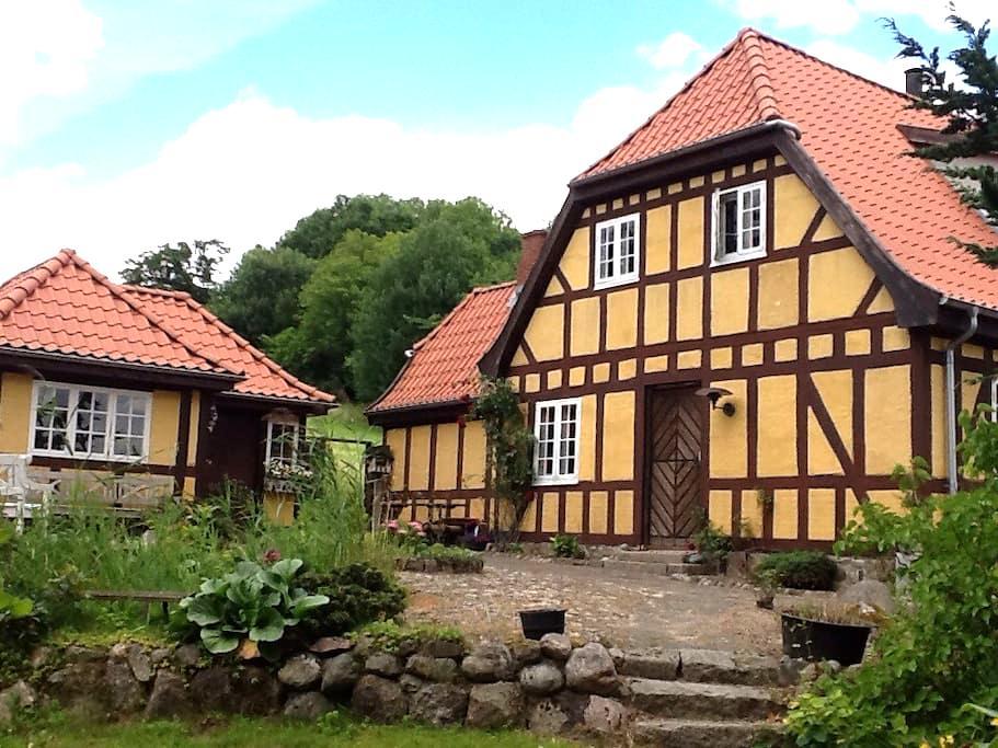 Idyllisk hus tæt på skov og vand - Vejle