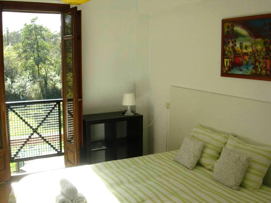 Great views and privacy. Llanes - Llanes - Bed & Breakfast