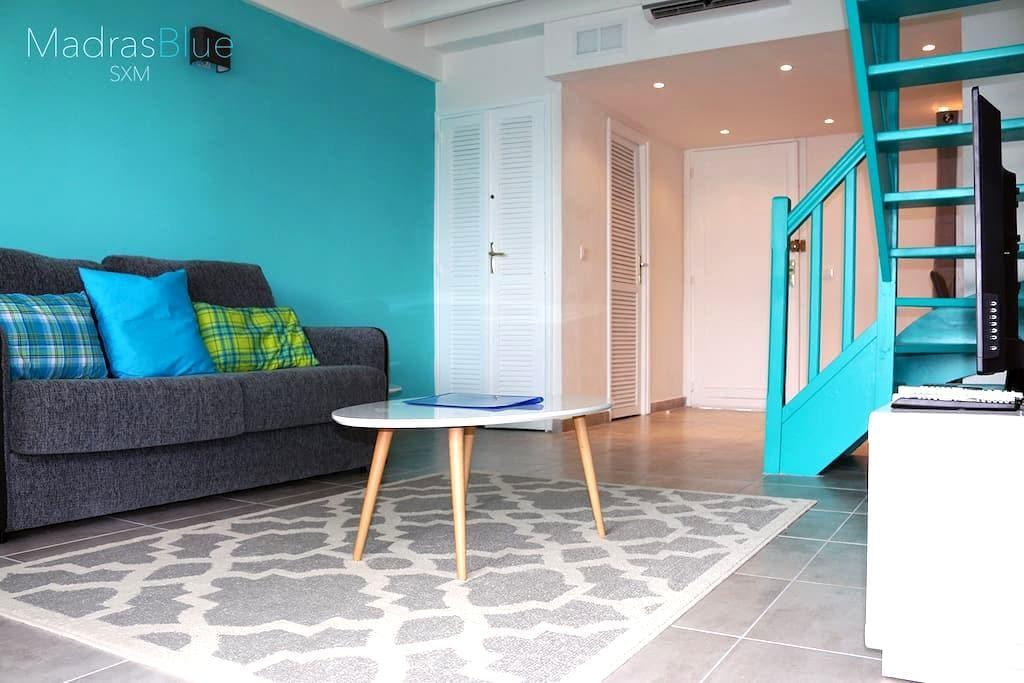 """le """"Madras Blue"""" Duplex, Baie Nettlé, piscine-vue - Les Terres Basses - Appartement"""