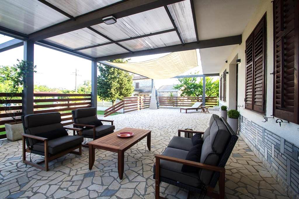 Luxury Istrian Apartment ZP1 - Marčana