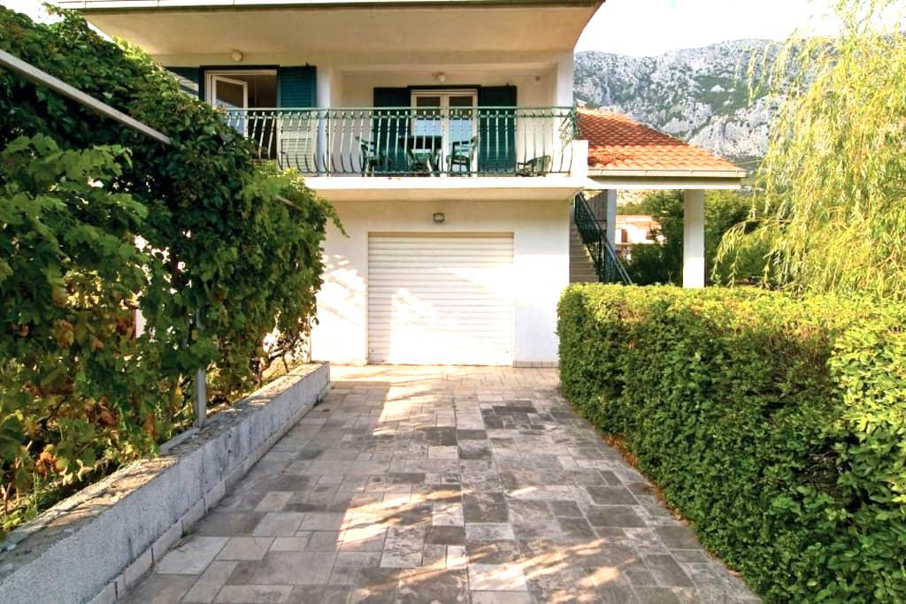 Vacation house Nada - Gata - Talo