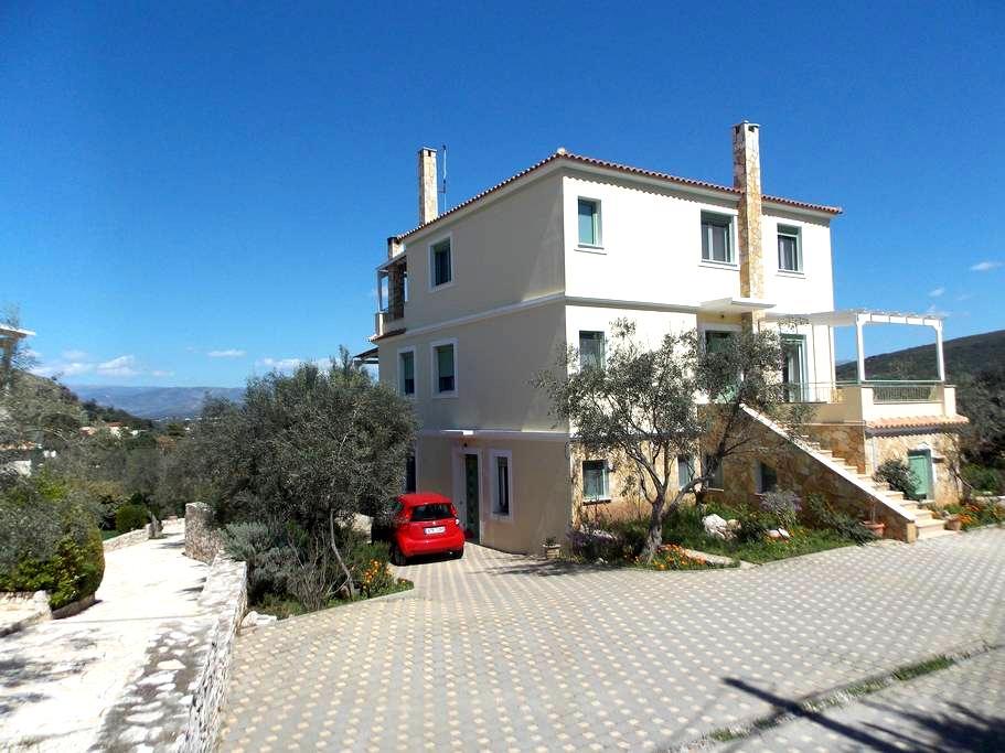 Peaceful house, beautiful view  - Navplion - House