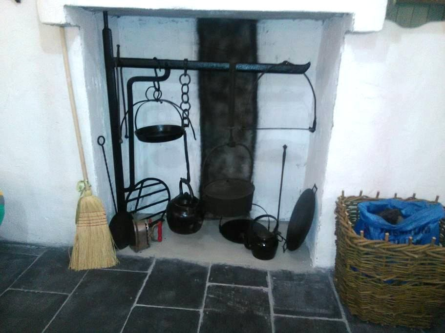 Traditional Irish Cottage - Donegal Town - Donegal - Huoneisto