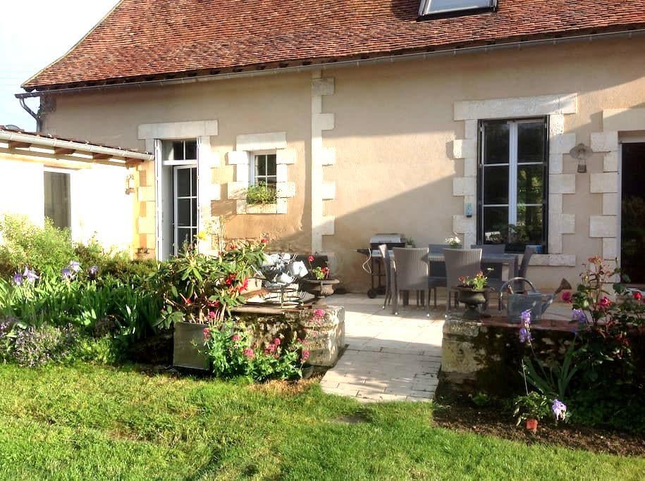 Longère berrichonne bord de Creuse - Le Blanc - House