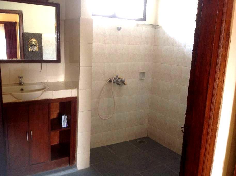 Wayan Homestay sanur - Denpasar - Lägenhet