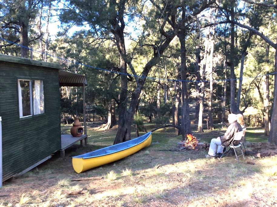 Riverside Hut Southern Highlands - Canyonleigh