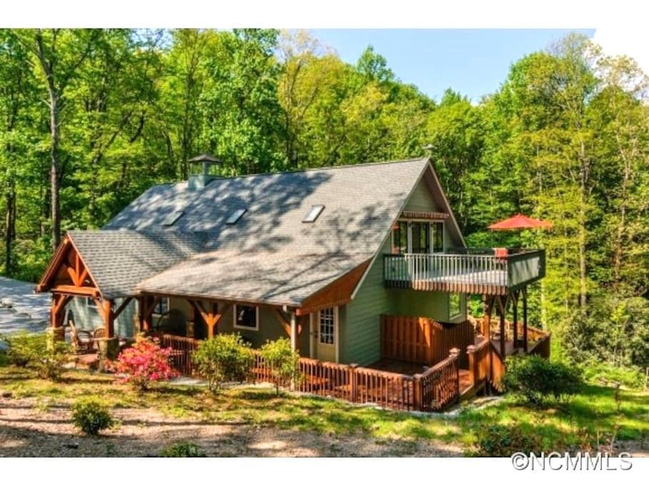 Climbing Bear Cottage - Lake Toxaway - House