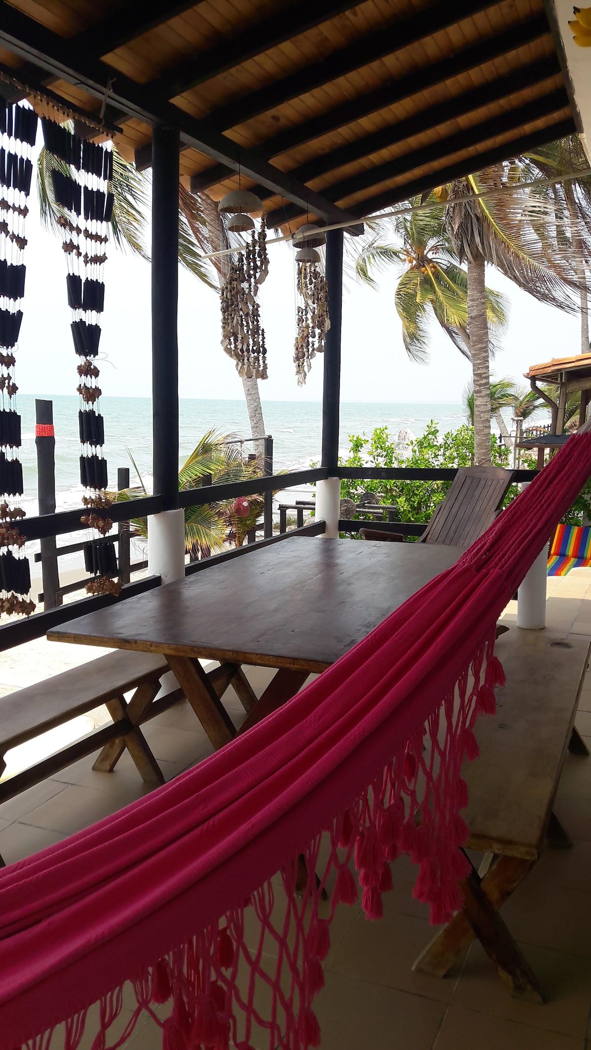 Casa 1 playa privada El Frances Tolu sucre  Cabins for Rent in