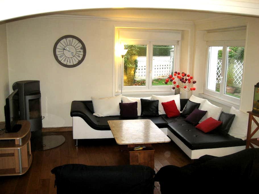 Maison de 120 m² avec jardin clos - Brest - Hus