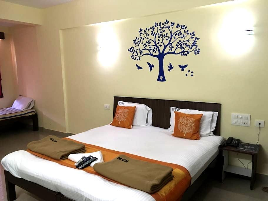 Cozy rooms with attached bath - Manipal