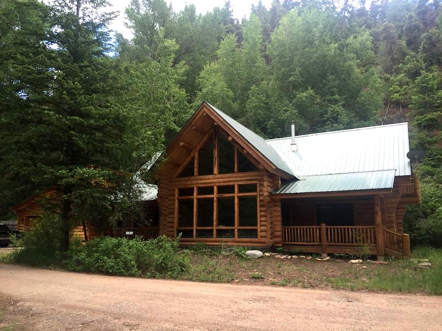 Log cabin home just outside Telluride - Placerville - Rumah