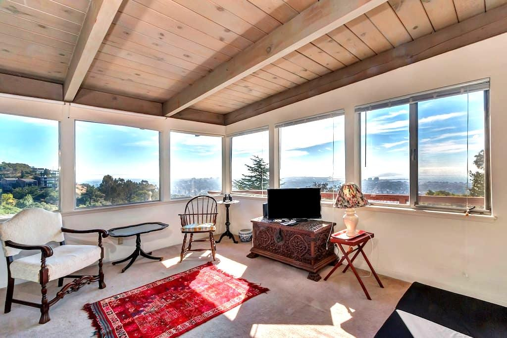 Panoramic Retreat Near Campus - Berkeley - Apartamento