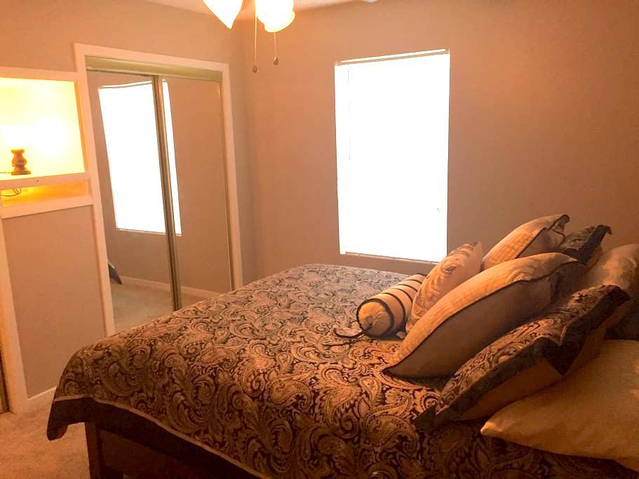 Cozy and Quiet Condo - North Charleston - Condomínio