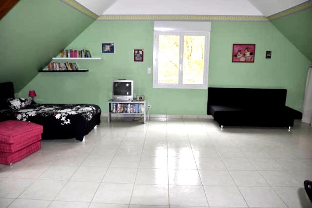 Grande chambre au calme - Preuilly
