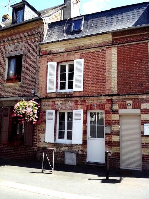 Maison proche Deauville-Trouville pour couple - Touques