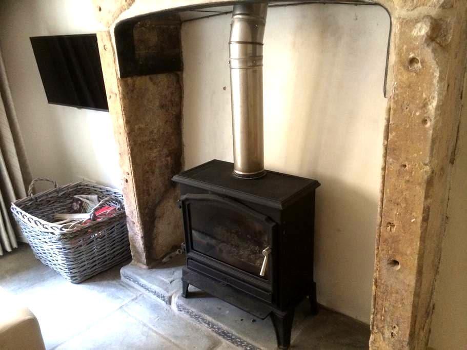 Charming Cottage, Painswick - Painswick - Rumah