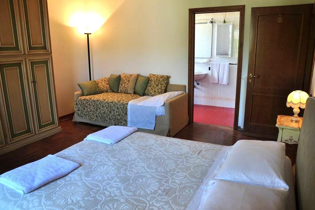 B&B Tuscany, Florence area  - Quarrata - Bed & Breakfast