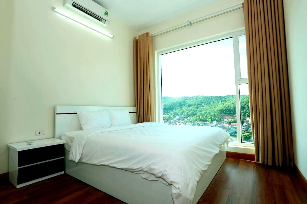 Luxury Apartment with Mountain View - tp. Hạ Long