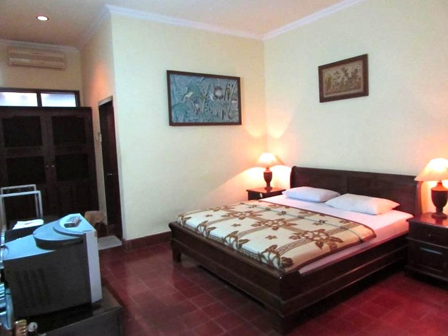 Cheapest & cleanest Hotel at Sanur - Denpasar  - Apartment
