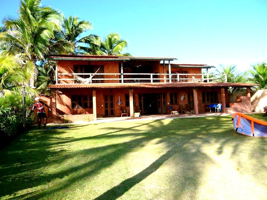 *Beachfront & Kitesurfing in Baleia - Praia da Baleia - Casa