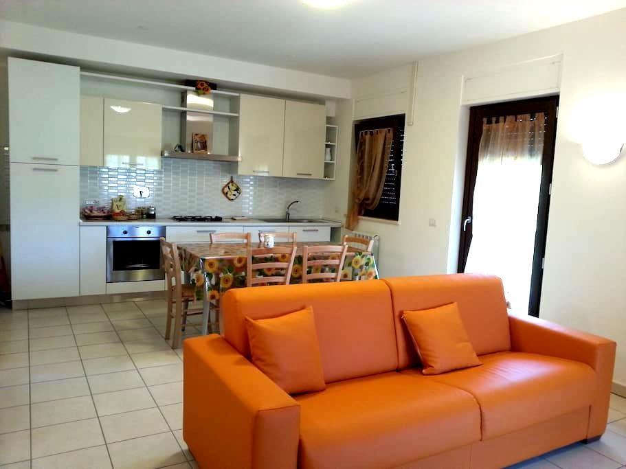Appartamento con vista su Assisi! - Rivotorto - Lägenhet