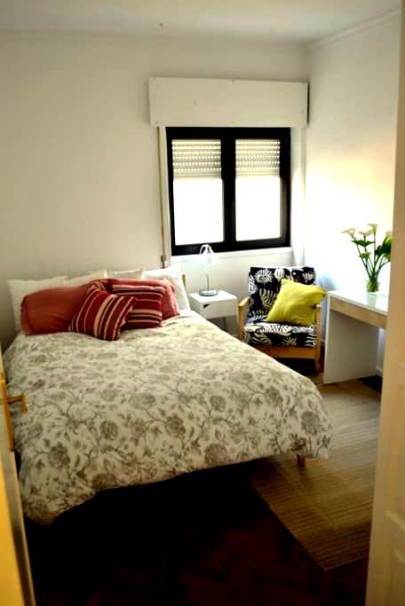 beachside apartment @ sunny Estoril - São João do Estoril - Apartment