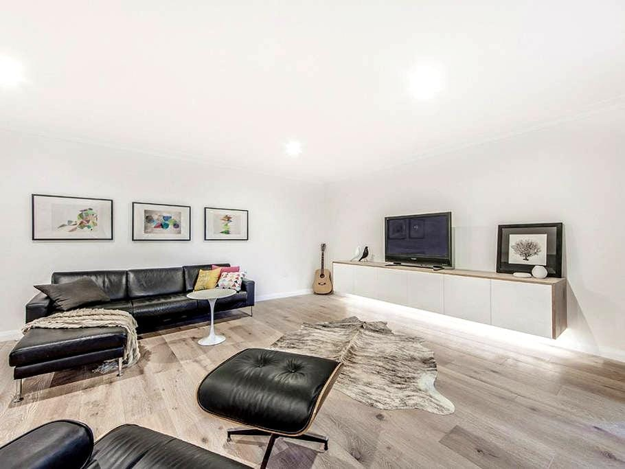 Luxurious Nine at North Beach - North Wollongong - Leilighet