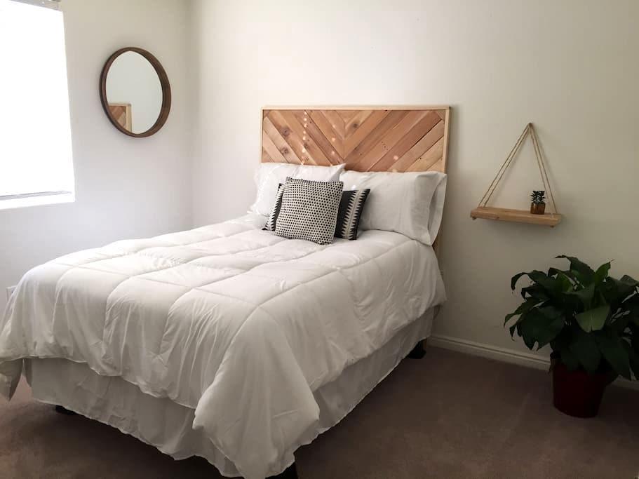 One of Those Pinterest Rooms - Cedar City - Hus