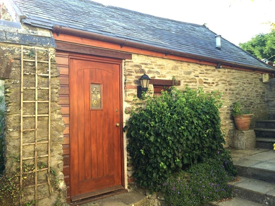 Cosy Rural Self Contained Retreat - Goodleigh - บ้าน
