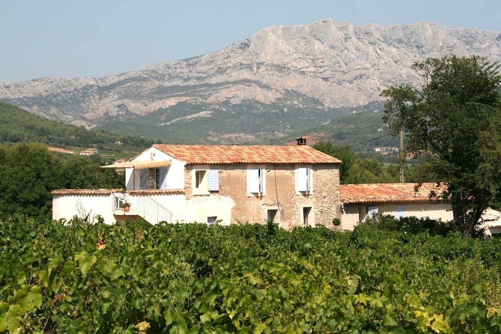 Gite proche d Aix en Provence - Meyreuil - Maison