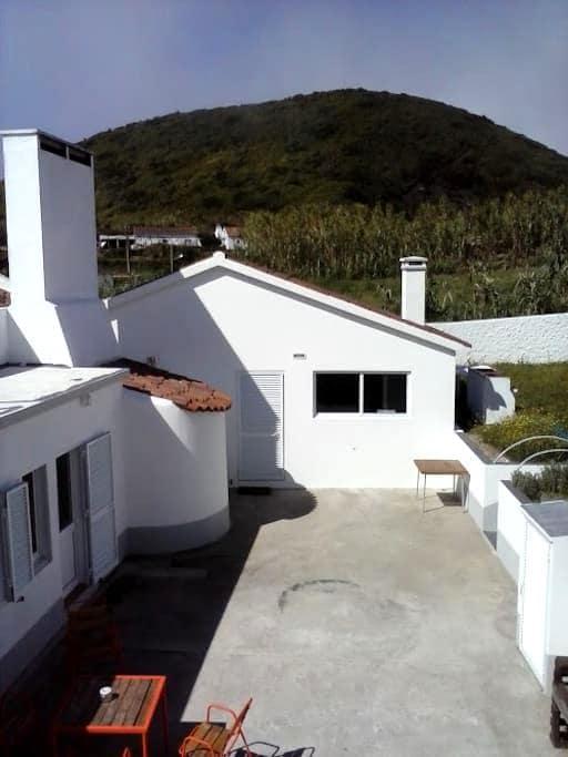 Quarto Camarinhas - Ginetes - Villa