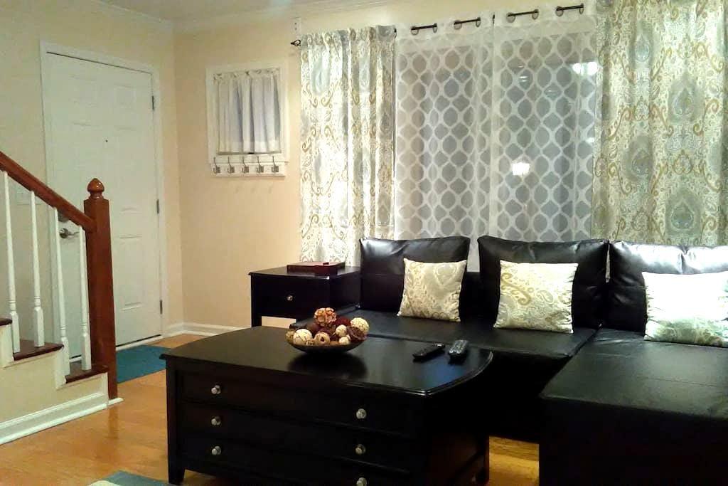 2 BR Condo close to UNC,Duke,RDU,RTP - Chapel Hill - Wohnung