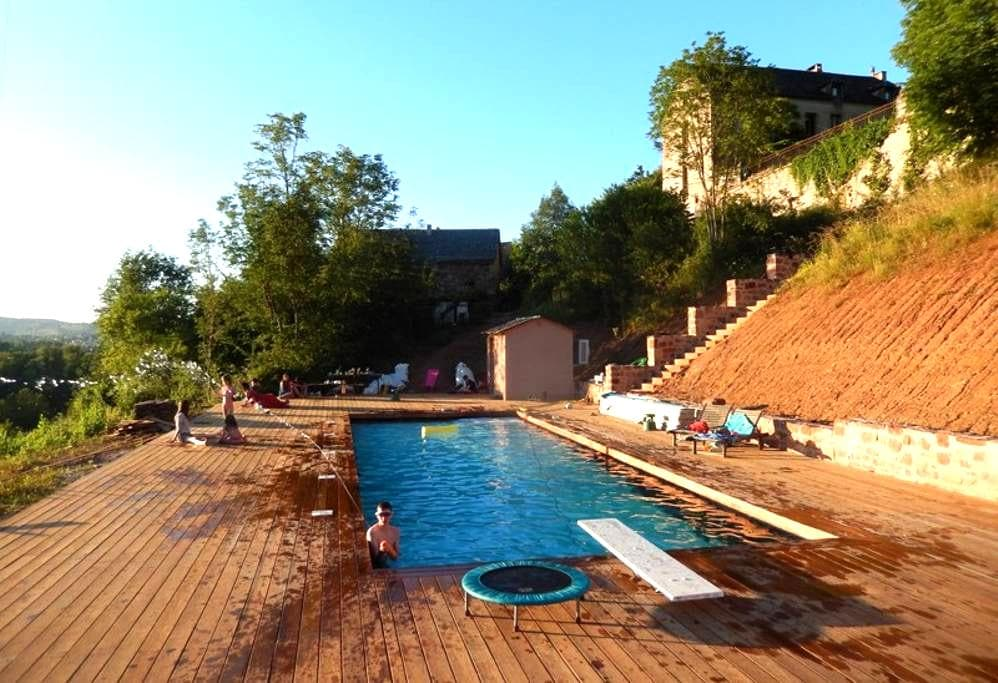 Country house for up to 26 people - Valady - Talo